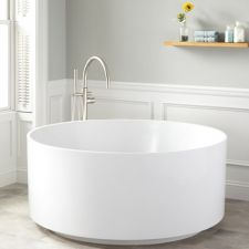 5 причин выбрать круглую ванну
