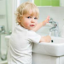 Ванная комната и ребенок: основные правила безопасности